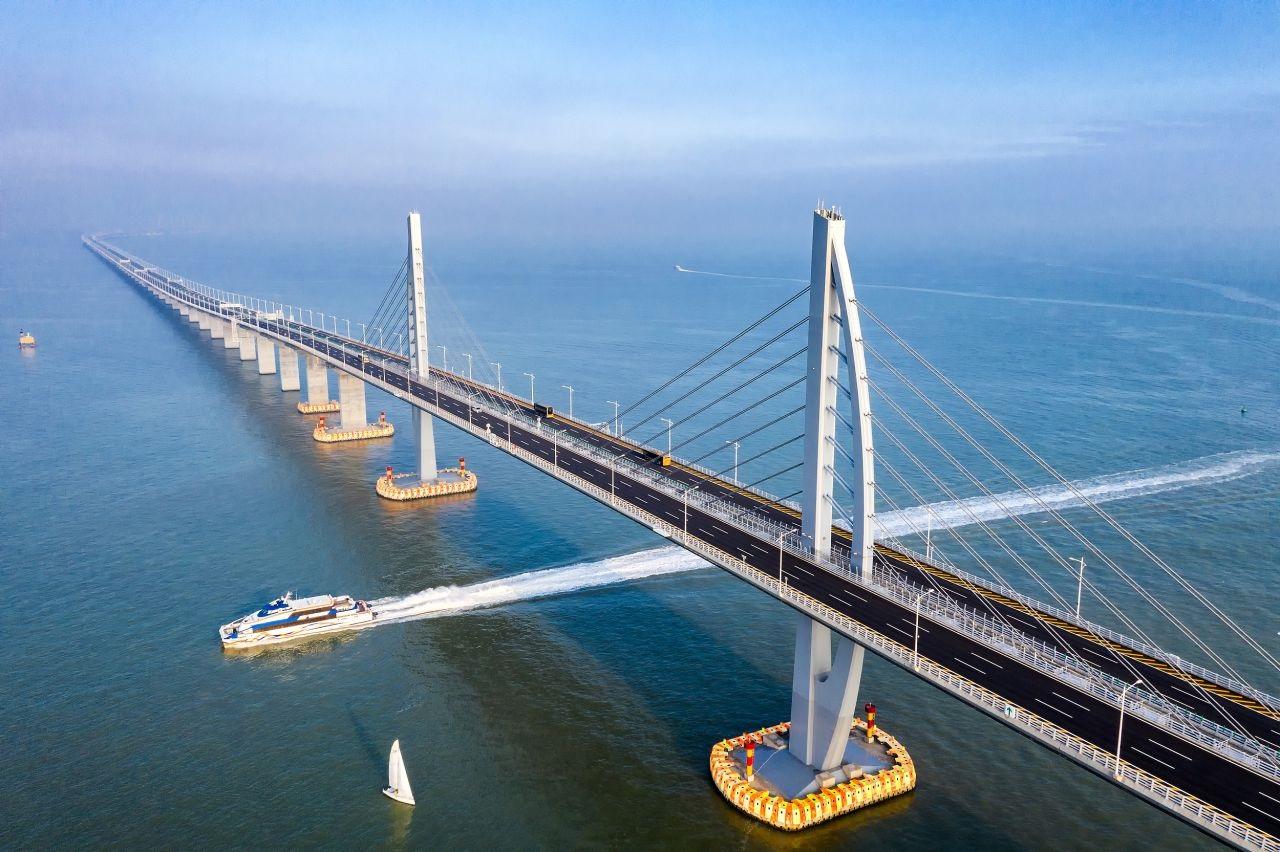 联塑Hong Kong- Zhuhai -Macao Bridge